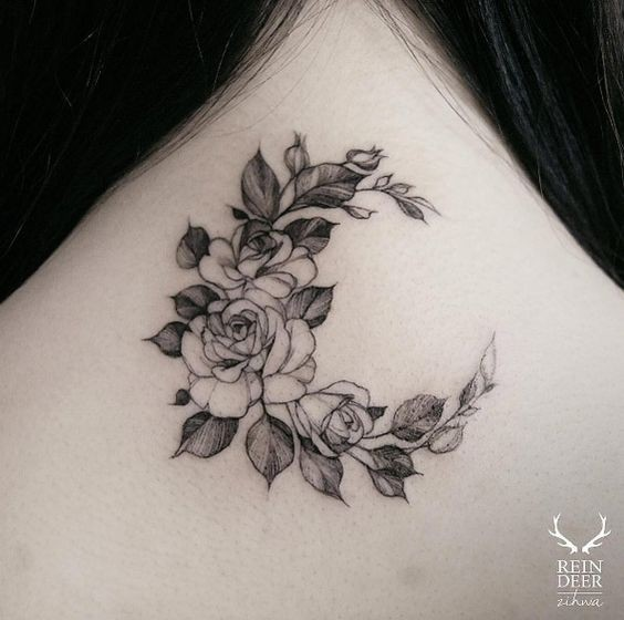Black outline style designed by Zihwa tattoo of flowers