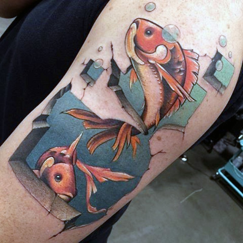 cartone animato colorato piccolo pesce tatuaggio a manicotto