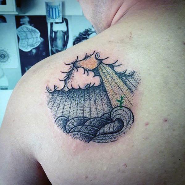Tatuaggio scapolare colorato a forma di cerchio di pianta solitaria con sole
