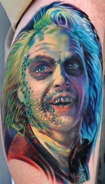 colorato beetlejuice orrore tatuaggio di Paul Ascker