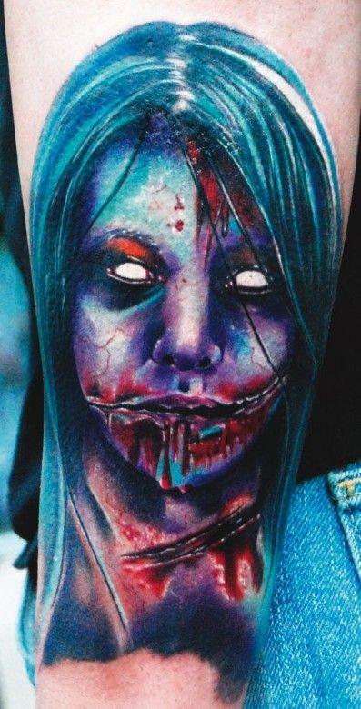 colorato orrore spaventoso tatuaggio avambraccio