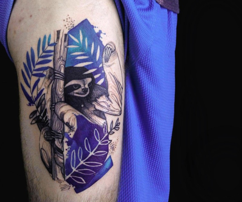 Colorful nice looking thigh tattoo of slope on tree