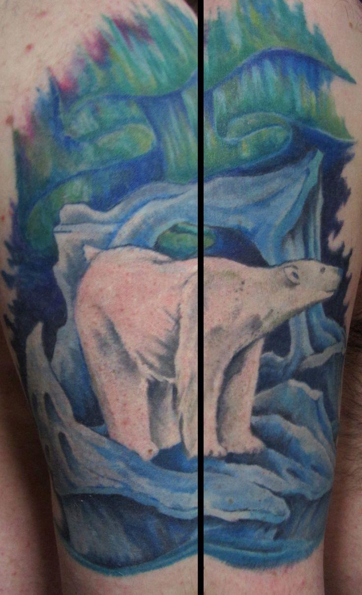 Tatuaggio colorato l&quotorso polare