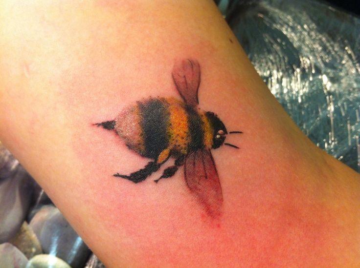 Coloured bumblebee bug tattoo