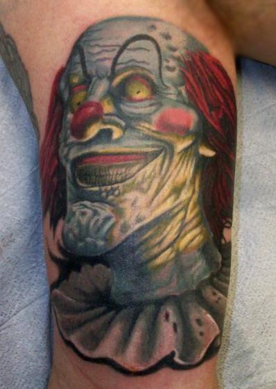 colorato pagliaccio cattivo tatuaggio