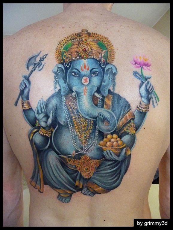 Tatuaggio colorato sulla schiena il dio Ganesha azzurro by Grimmy3D