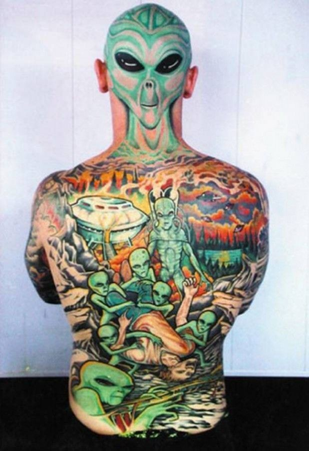Cool idea of alien tattoo on back and head
