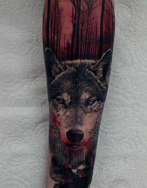 Gruselig Aussehendes Im Realismus Stil Farbiges Unterarm Tattoo Mit