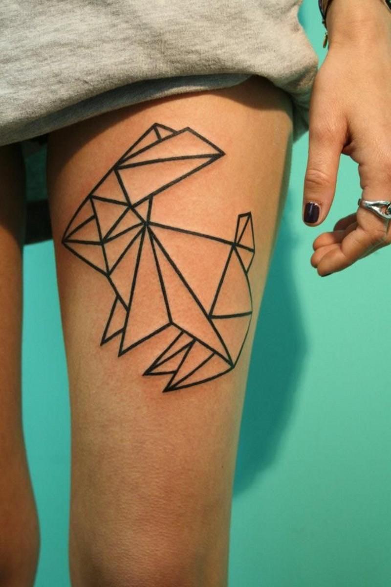 carino piccolo coniglio di carta inchiostro nero tatuaggio su coscia