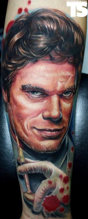 film Dexter tatuaggio di Paul acker