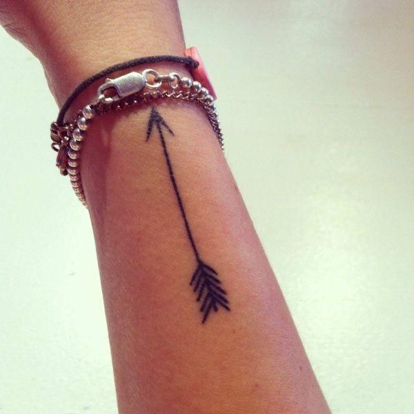 Easy black arrow tattoo design
