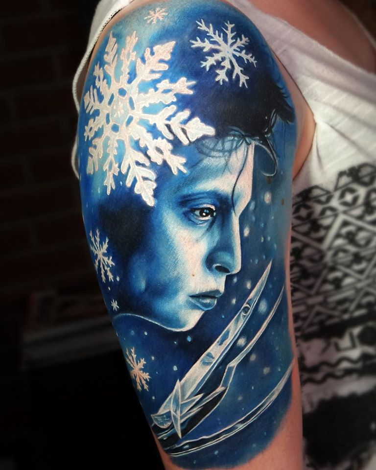 Edward Scissorhands in blue color tattoo