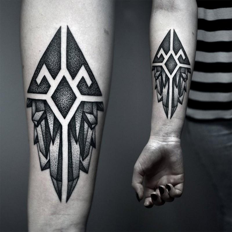elegante nero dotwork avambraccio tatuaggio