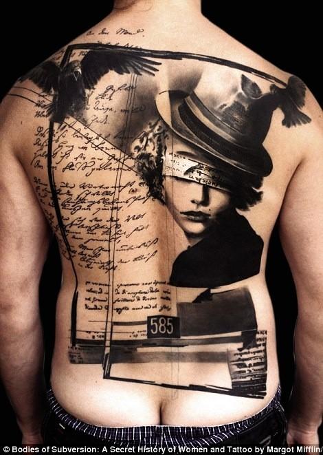 fantastico arte stilizzato dipinto nero e bianco donna con cervi i scrittura tatuaggio pieno di schiena