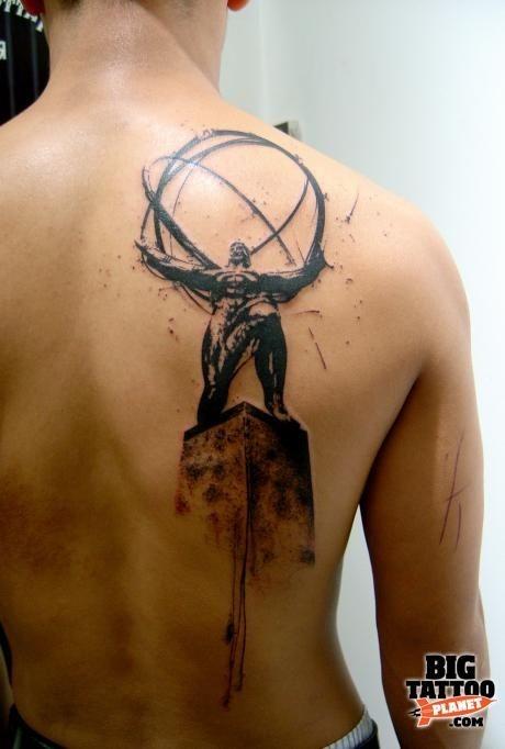 fantastico dipinto grande inchiostro nero statua mistica tatuaggio su schiena