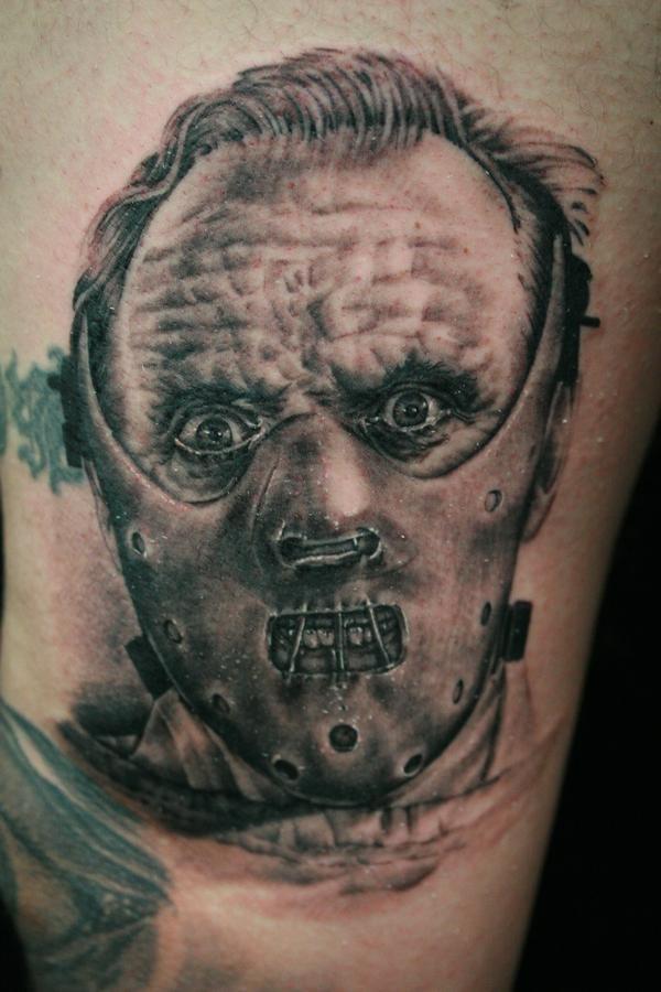 film orrore venerdi 13 tatuaggio
