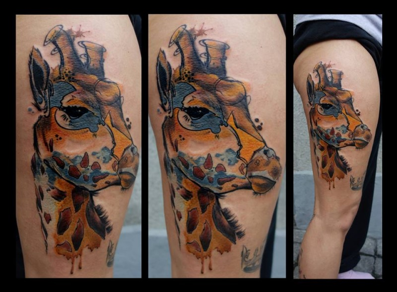 Funny illustrative style colored thigh tattoo of big giraffe