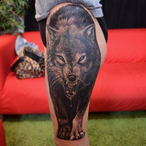 Furious creepy naturally colored 3D lifelike wolf massive detailed leg tattoo