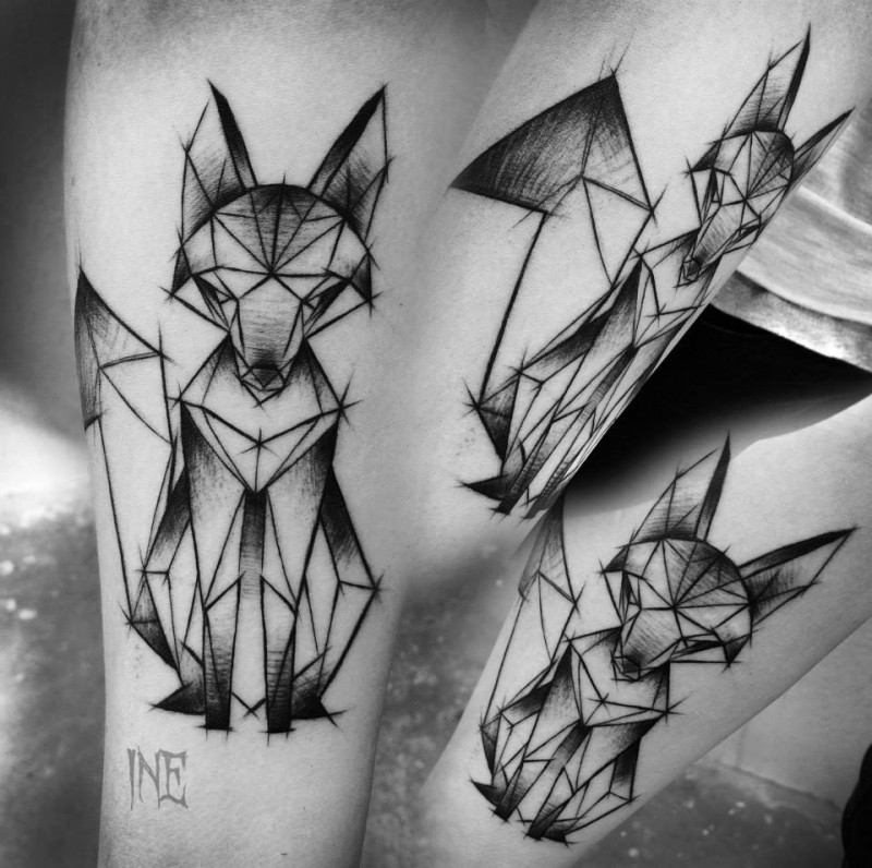 Geometrical style tattoo sketch painted by Inez Janiak of interesting fox