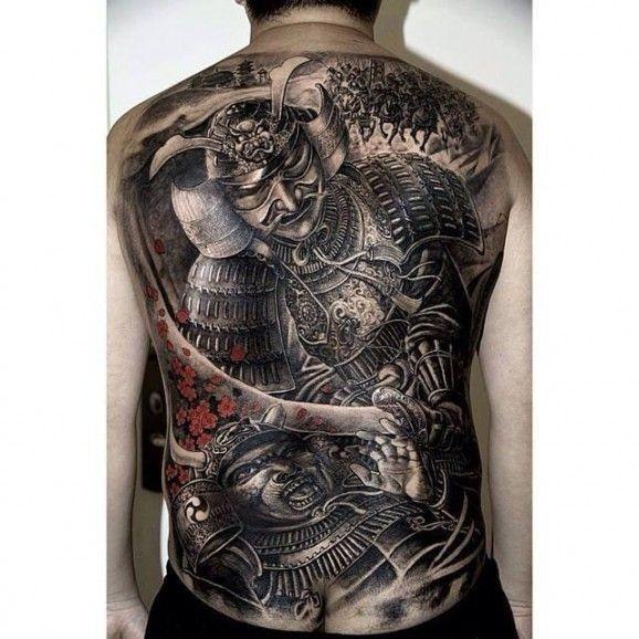 grande battaglia di due samurai tatuaggio sulla schiena da Hailin Fu