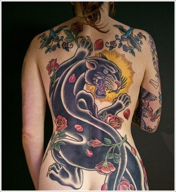 Tatuaggio grande sulla schiena la pantera nera & i fiori