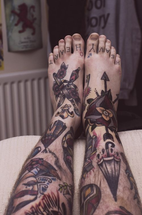 Great neo traditonal tattoo on feet and leds