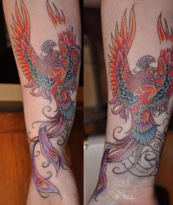 Hand chinese tattoo with big phoenix