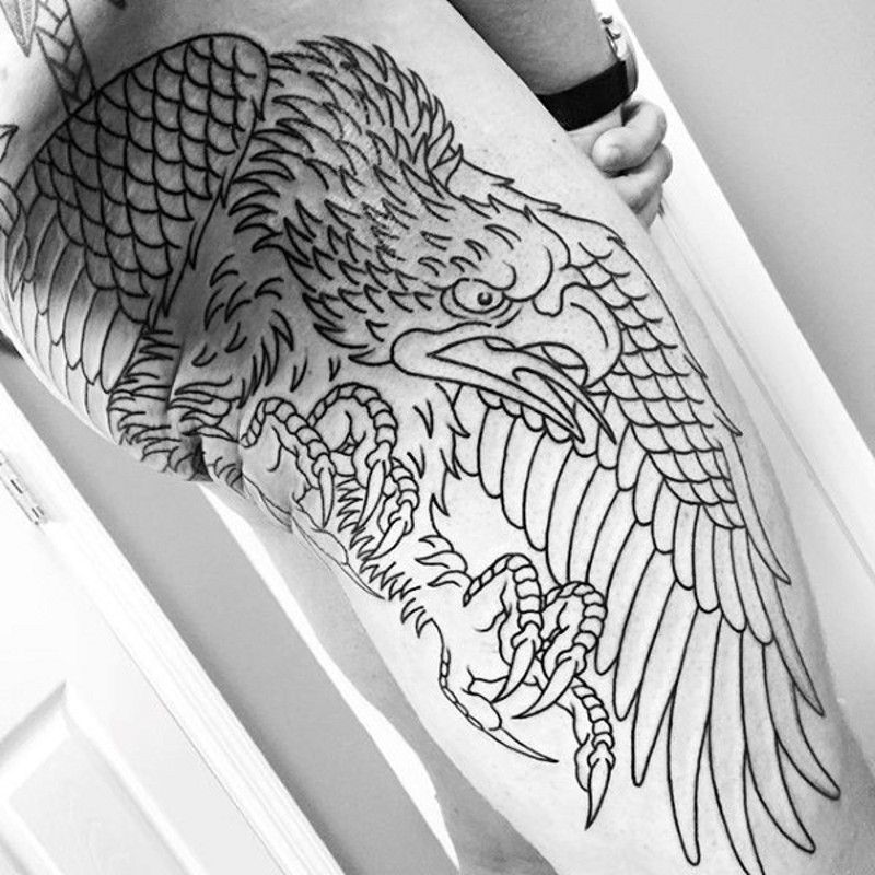 Homemade simple designed black ink big thigh tattoo of uncolored eagle