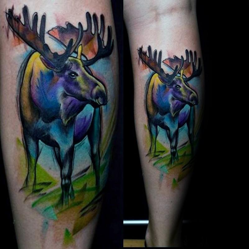 Homemade watercolor like colored leg tattoo of big elk