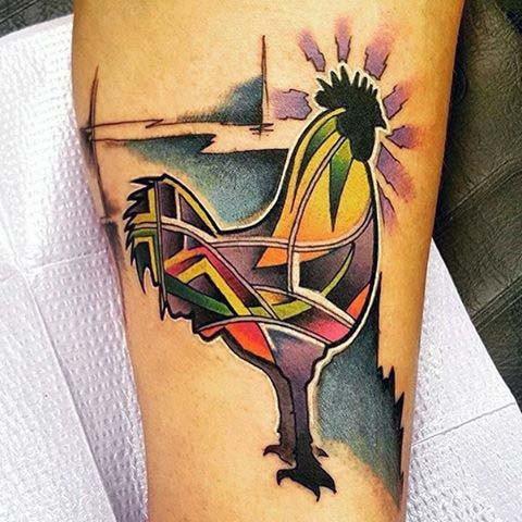 impressionante multicolore mistico gallo tatuaggio su gamba