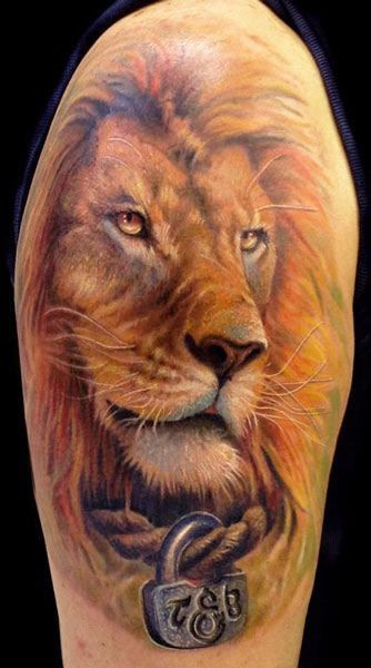 Lion head with a lock on neck