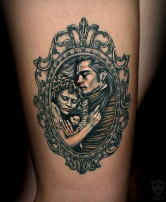 Little colored 3D like arm tattoo of vintage couple portrait