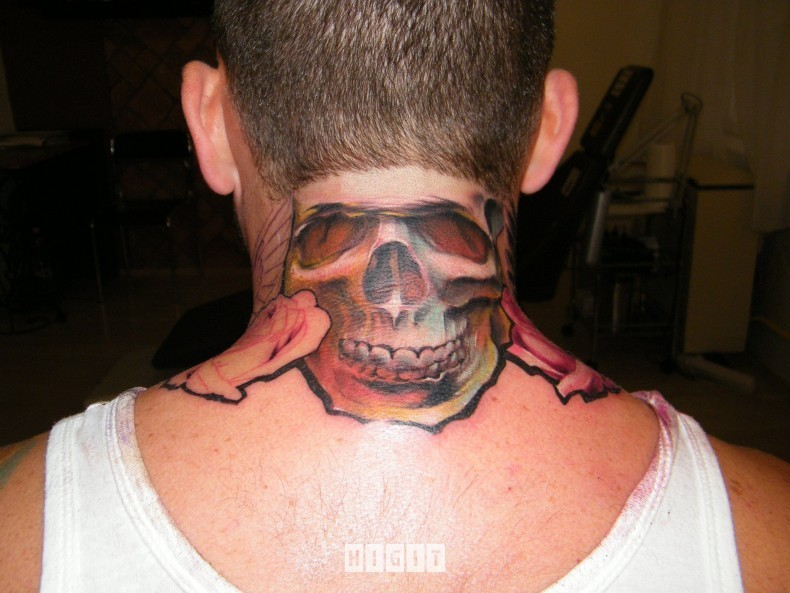 Little simple designed and colored skull tattoo on neck combined with flowers