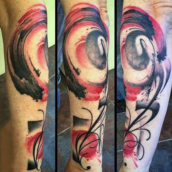 magnifico disegno colorato a forma di fiore tatuaggio avambraccio