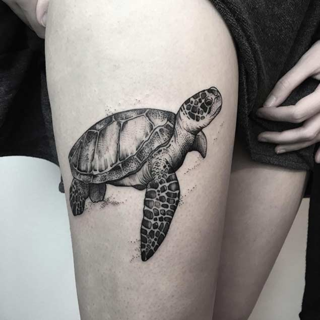 Natural looking detailed 3D thigh tattoo of cute turtle