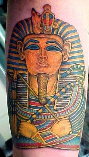 Naturally colored Egyptian Pharaoh Tutankhamen detailed tattoo