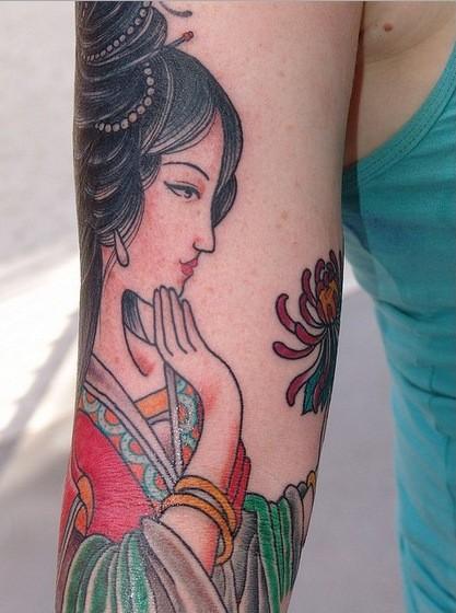 Nice chinese lady hand tattoo