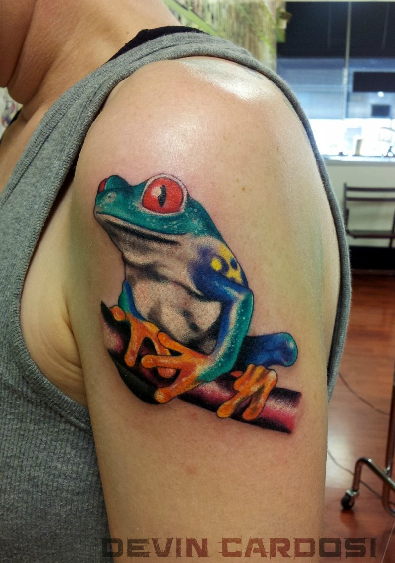 Nice colorful frog tattoo on half sleeve