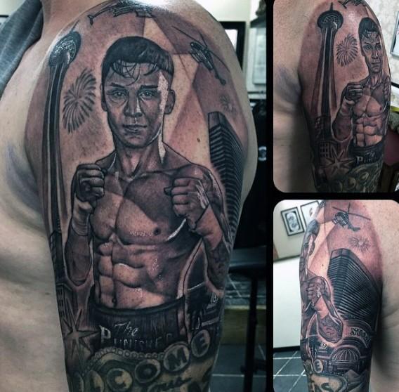 Tatuaje  de hombre boxeador  en el brazo