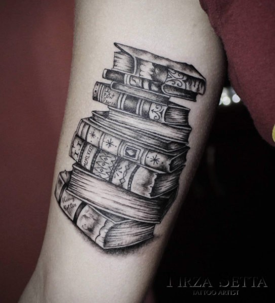 Book Cover Black Tattoo : Pale of old books with different covers black and white