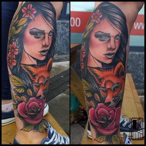 Portrait style colored leg tattoo fo beautiful woman with fox and flower