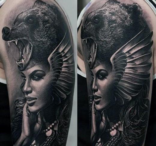 realistico foto nero e bianco molto dettagliato fantastica donna tatuaggio su braccio