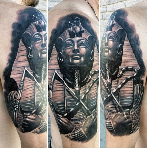 Real photo like colored shoulder tattoo of Egypt Pharaoh statue
