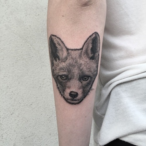 Realistic fox&quots head realistic forearm tattoo in small details