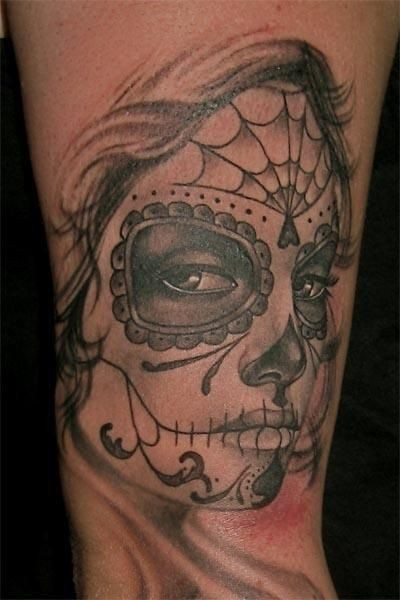 bella ragazza triste giorno dei morti tatuaggio