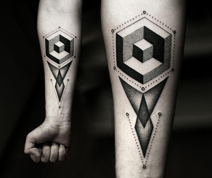 semplice dipinto nero e bianco 3D figure geometrici tatuaggio su braccio