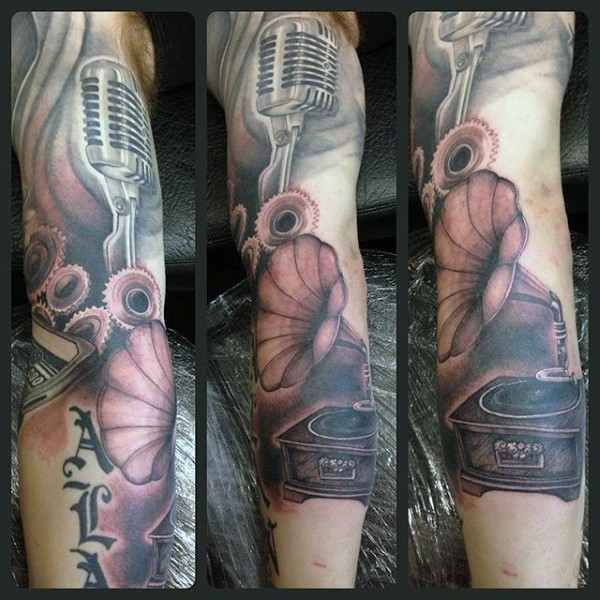 Simple combined black and white microphone with vinyl player tattoo on sleeve