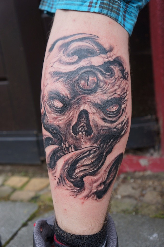 Skull with third eye tattoo by graynd