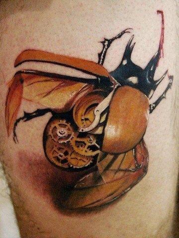 super dettagliata scarabeo  biomeccanica tatuaggio