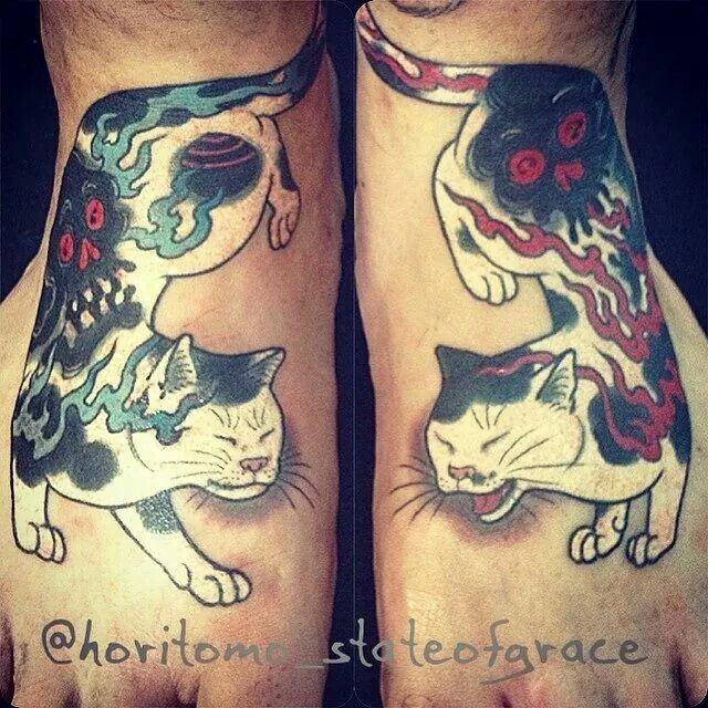 Stile simmetrico colorato dal tatuaggio horitomo dei gatti Manmon